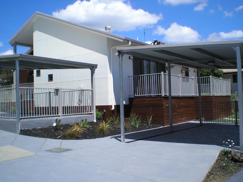 2012034930-05 Raglan St Unit 1 & Carports
